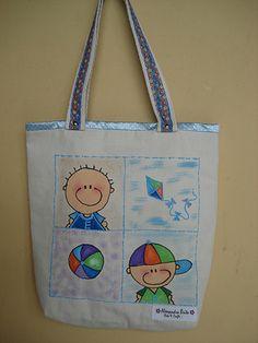 """https://flic.kr/p/bAWQLM   Bolsa teen - 0001 - M   Tote bag confeccionada em Lona 100% algodão e forrada com oxford light e cetim. Esta bolsa sugere """"menino"""".  Medidas: 40x37x8 cm"""
