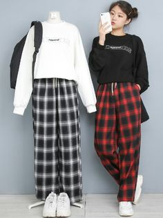 Korean Girl Fashion, Korean Street Fashion, Ulzzang Fashion, Korea Fashion, Asian Fashion, Look Fashion, 90s Fashion, Vintage Fashion, Kpop Fashion Outfits