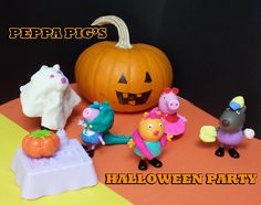 Peppa Pig Halloween Party  Play Doh- Christmas - Peppa Pig Toys English ... Pig Halloween, Halloween 2015, Halloween Makeup, Abc Song For Kids, Kids Songs, Party And Play, Big Party, Frozen Toys, Abc Songs