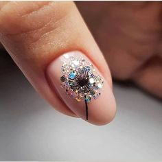 Glamorous Nail Design Ideas so that you Flaunt your Nails with Confidence - Hike n Dip - - Glamorous Nail Design Ideas so that you Flaunt your Nails with Confidence – Hike n Dip Nails Glamouröse Nageldesign-Ideen Solid Color Nails, Nail Colors, Cute Nails, Pretty Nails, Rose Gold Nails, Glitter Nails, Sparkle Nails, Bridal Nails, Holographic Nails