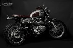 - South Garage Motor Co . -  ROUGE - Triumph Scrambler
