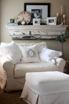 Shabby chic farmhouse living room design ideas (31)
