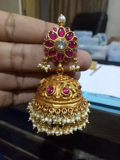 Jewelry Design Earrings, Gold Earrings Designs, Gold Jewellery Design, Bridal Jewellery, Designer Earrings, Silver Jewelry, Trendy Collection, Ear Rings, Collections