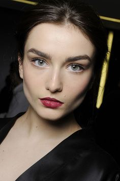Andreea Diaconu. i love dark lips...but not tooooo dark