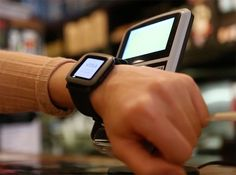 Add contactless payments to the Pebble smartwatch with this strap - http://tchnt.uk/1TaVFHe