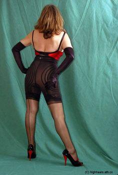 Nylons, Vintage Girdle, Nice Body, Mistress, Corset, Beautiful Women, Sporty, Lady, Model