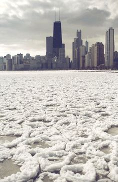 Animated Lake Michigan Ice Floes Captured by Dave Gorum lakes Lake Michigan ice gifs Chicago Winter In Chicago, Chicago Snow, Chicago At Night, Chicago Beach, Lake Michigan, Barack Obama, Alaska, Arctic Landscape, Depaul University