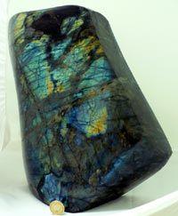 labradorite-totally my stone!