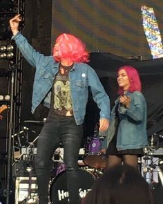 I love the new member of Hey Violet ( 1). This I sarcasm. And 2). I'm talking about Ashton, if it wasn't obvious lol)