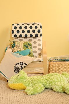 #DIY Ikea Hack Kid Poang, Easy Recovery With New Pillow @Judy Hickman.