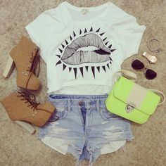 Love the shirt and shorts! <--- like everything but the shoes