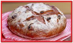 Cinnamon Raisin Bread (No-Knead Recipe) - Gemma's Bigger Bolder Baking Pain Aux Raisins, Raisin Sec, Bigger Bolder Baking, Homemade Soft Pretzels, Homemade Buns, Pretzels Recipe, Cinnamon Raisin Bread, Brunch, Flatbread Recipes