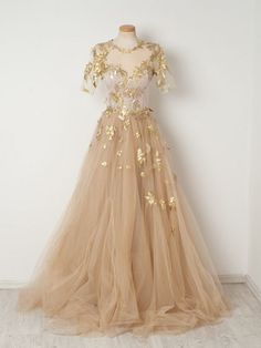 2019 Gold Appliques Champagne Tulle Prom Dresses,A-line Short Sleeves Long Prom Evening Dresses Source by storenvy dress gowns Beautiful Prom Dresses, Elegant Dresses, Pretty Dresses, Formal Dresses, Long Dresses, Dresses Dresses, Awesome Dresses, Dresses Online, Sparkly Dresses