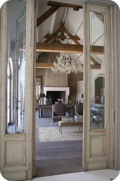 Cool 27 Antique Doors in the Interior French Doors Wall Decorating Ideas https://fancydecors.co/2017/10/30/27-antique-doors-interior-french-doors-wall-decorating-ideas/ Antiques can be exceedingly delicate which is precisely why its extremely important to understand how to look after them properly. Various forms of antiques need various manners of care. Decorative handles and hinges may also be employed to finish the appearance.