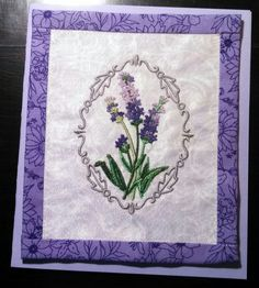 Quilt card with machine embroidery