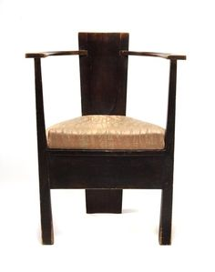 Mackay Hugh Baillie Scott, Armchair, 1903. Exceptionally rare three-cornered armchair stained oak and beech armchair, inlaid with maple, ivory and mother-of-pearl, designed in 1903 by M. H. Baillie Scott and made by the Dresden Workshops for Artistic Craftmanship, the caned seat covered by a fitting loose cushion. H. 82; B. 61 cm.