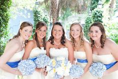 Bridesmaids and hydrangea bouquets