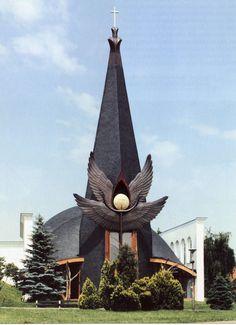 Százhalombattai Roman Catholic Church, Hungary; designed by Imre Makovecz, 1996