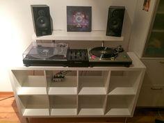 DJ-Pult aus IKEA-Teilen (KALLAX, LACK, CAPITA)