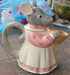 Mouse Tea Pot Tracy Flickinger Woodbriar Cove