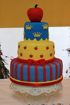 Snow White: The 3 tiered beauty