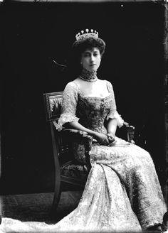 Wings of Whimsy: Queen Maud of Norway #vintage #pehemera #freebie #printable #princess #queen #royal #norway