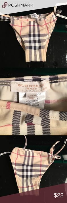 BURBERRY BABY GIRL NOVA CHECK SWIM 6-12 MONTHS PREOWNED EXCELLENT CONDITION AUTHENTIC BURBERRY BABY GIRL NOVA CHECK SWIM BOTTOM FITS SIZE 6 to 12 MONTH BABY PURCHASED AT NORDSTROMS BURBERRY Swim Bikinis
