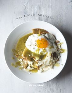 Chilaquiles-Manifesto-Chilaquiles-Verdes-Yes,-more-please!