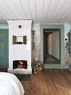 Swedish Decor Inspirations: 62 Gorgeous Photos www. Swedish Interior Design, Swedish Decor, Swedish Interiors, Scandinavian Style, Swedish Style, Scandinavian Cottage, Swedish Cottage, Interior Modern, Quirky Home Decor
