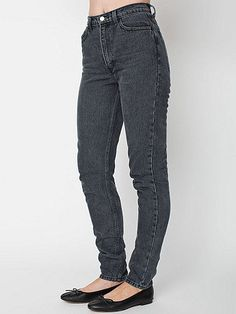 A classic style and wash  A heavyweight, non-stretch jean nice and tight upon first wear and will