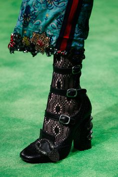 Gucci Spring 2017 #details #shoes