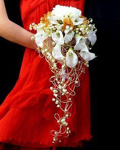 Silk flowers wedding bouguet  Calla cascade by wandadesign on Etsy, €135.00