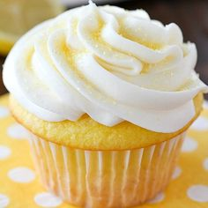 Lemon Cupcakes made with only 2 Ingredients and then frosted with a quick and easy lemon frosting! You won't believe how soft and delicious these cupcakes are! Plus a round-up of more delicious cupcake recipes you won't want to miss! Cake Mix Cupcakes, Lemon Cupcakes, Yummy Cupcakes, Cupcake Cakes, Strawberry Cupcakes, Birthday Cupcakes, Cupcake Frosting, Cupcake Recipes, Dessert Recipes