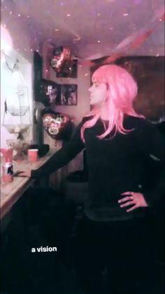 Ashton on kaykayblaisdell's IG story 2018.2.17