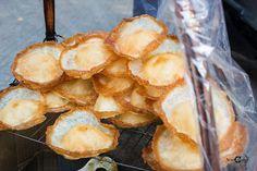 Bánh tai yến tại Bánh tai yến Nguyễn Thị Minh Khai
