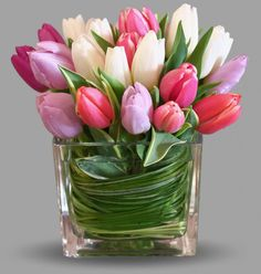 Lips Like Sugar by Dennis Rigas Floral Creations A bouquet of sweethea. - Lips Like Sugar by Dennis Rigas Floral Creations A bouquet of sweetheart colored tulips remind us of those butterflies you Tulpen Arrangements, Easter Flower Arrangements, Easter Flowers, Beautiful Flower Arrangements, Tulips Flowers, Flower Vases, Spring Flowers, Floral Arrangements, Beautiful Flowers