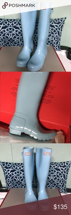 New Hunter Original Tall Gloss Rain Boot size 10 Make an offer!!  New in box hunter original tall gloss rain boots  Pale Mint  Women's size 10  I personally purchased from a department store but I didn't like the way they fit and I never wore them  Please ask all questions before bidding. No returns. As is. Final sale.  Also for sale on my eBay.  Reserve right to remove listing. Hunter Shoes Winter & Rain Boots