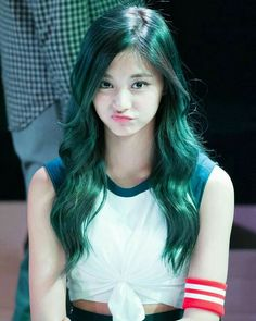 What is the best hair color for tzuyu?vote now 😆 twice (트와이스 Nayeon, Korean Beauty, Asian Beauty, Tzuyu Body, Twice Tzuyu, Estilo Cool, Cool Hair Color, Green Hair, Beautiful Asian Girls