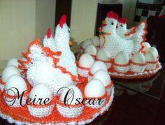 Crochê Gráfico: Galinha porta ovos em crochê