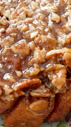 Easy Caramel Pecan Sticky Buns ~ made with canned biscuits, some cinnamon sugar, butter, brown sugar and lots of pecans!