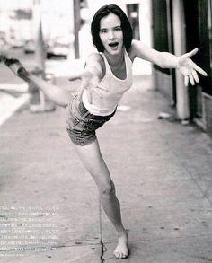 Juliette Lewis, the spirit of the mercurial bird, Gemini...