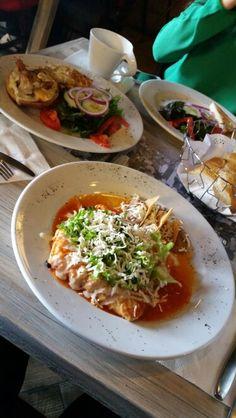 The Yorker - Enchiladas de pollo