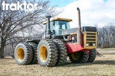 Versatile 876 in Indiana, USA.