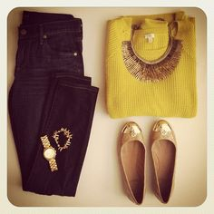 Chunky knit and Stella and Dot necklace. Instagram @Shana Wernow Wernow Strock