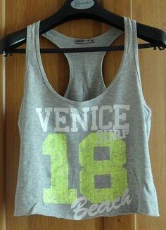 Kup mój przedmiot na #vintedpl http://www.vinted.pl/damska-odziez/koszulki-na-ramiaczkach-koszulki-bez-rekawow/10756692-krotki-dresowy-top-terranova-m