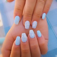 18 Cute Summer Nail Designs to Copy Right Now Fantastic blue sparkling summer nails! The post 18 Cute Summer Nail Designs to Copy Right Now appeared first on Summer Ideas. Acrylic Nails Coffin Short, Blue Acrylic Nails, Simple Acrylic Nails, Blue Nail Polish, Acrylic Nail Designs, Blue Shellac Nails, Pastel Blue Nails, Polish Nails, Simple Nails