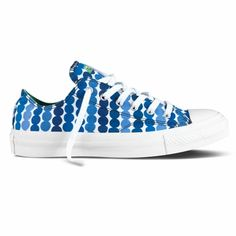 Marimekko Räsymatto Blue Converse Shoes - These are so cute, but I bet they would kill my heel.