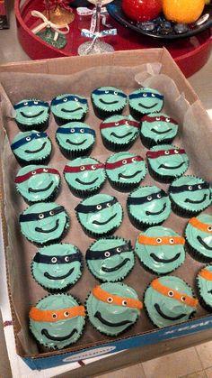 Ninja turtle cupcakes...super easy