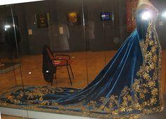 Royaland - glitterofthepast: Court dress owned by Empress...