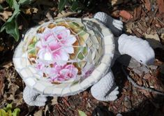 Broken China Mosaic Projects | Garden Mosaic - JUNKMARKET Style